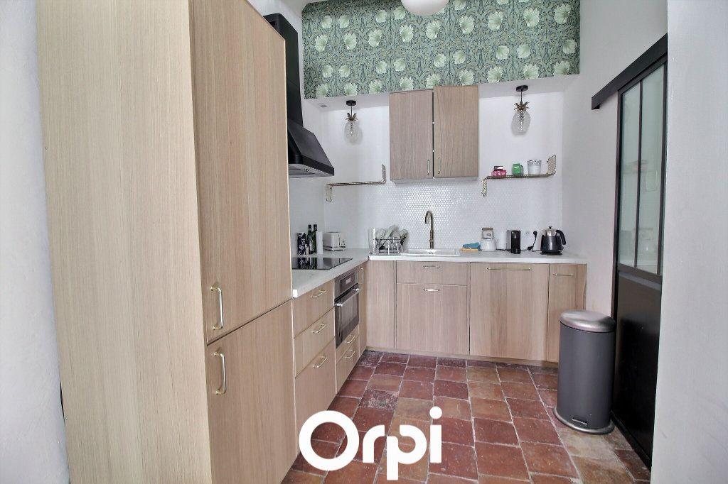 Appartement à louer 1 50m2 à Marseille 1 vignette-3