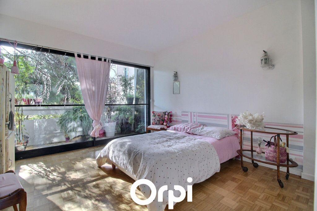 Appartement à vendre 3 72m2 à Marseille 8 vignette-7