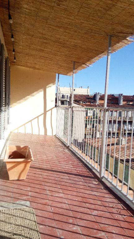 Appartement à louer 2 33m2 à Marseille 6 vignette-1
