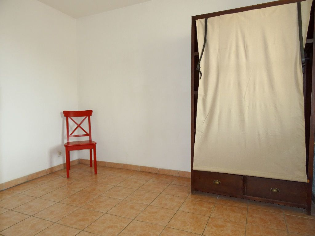 Appartement à louer 2 33m2 à Marseille 6 vignette-4