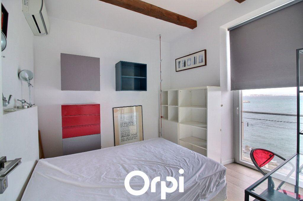 Appartement à louer 3 51m2 à Marseille 8 vignette-4