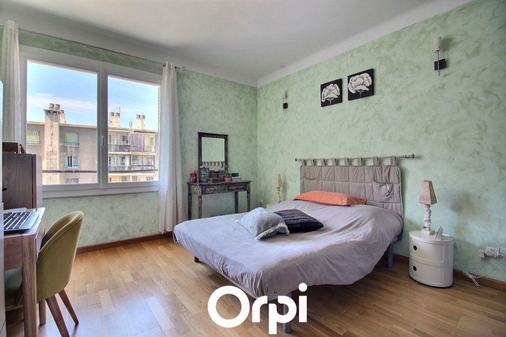 Appartement à vendre 3 69.17m2 à Marseille 6 vignette-5