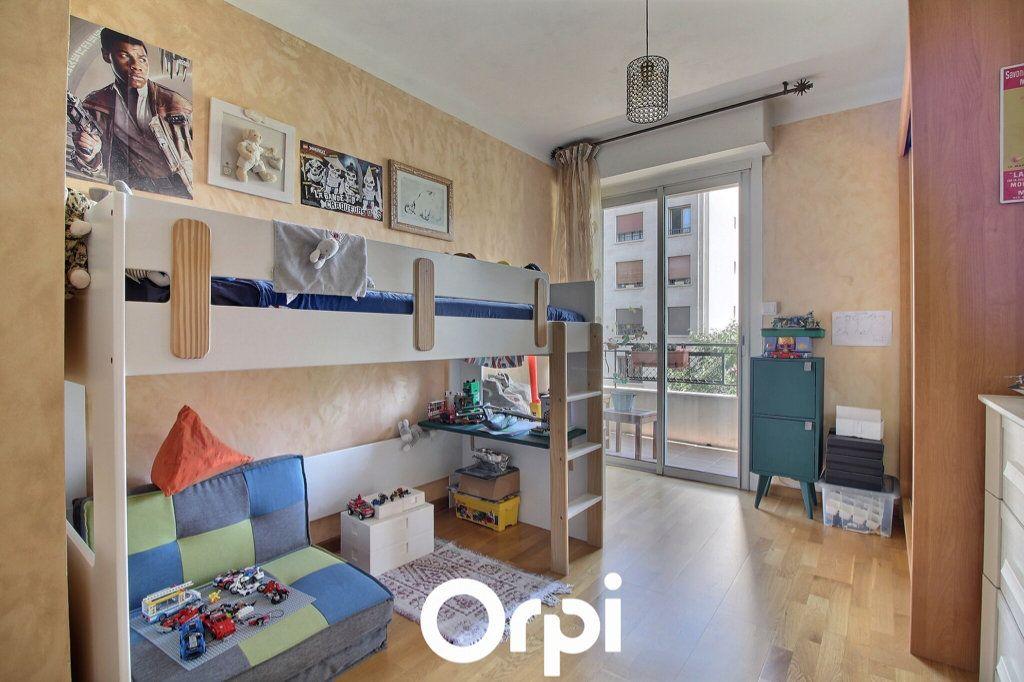 Appartement à vendre 3 69.17m2 à Marseille 6 vignette-6