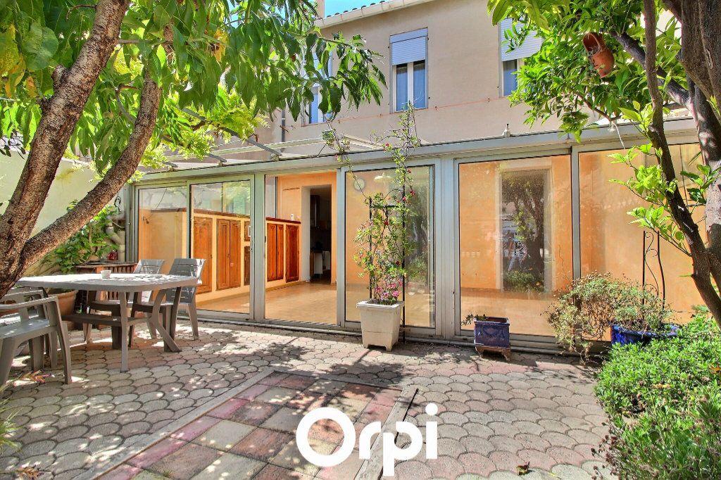 Maison à vendre 5 160m2 à Marseille 7 vignette-2