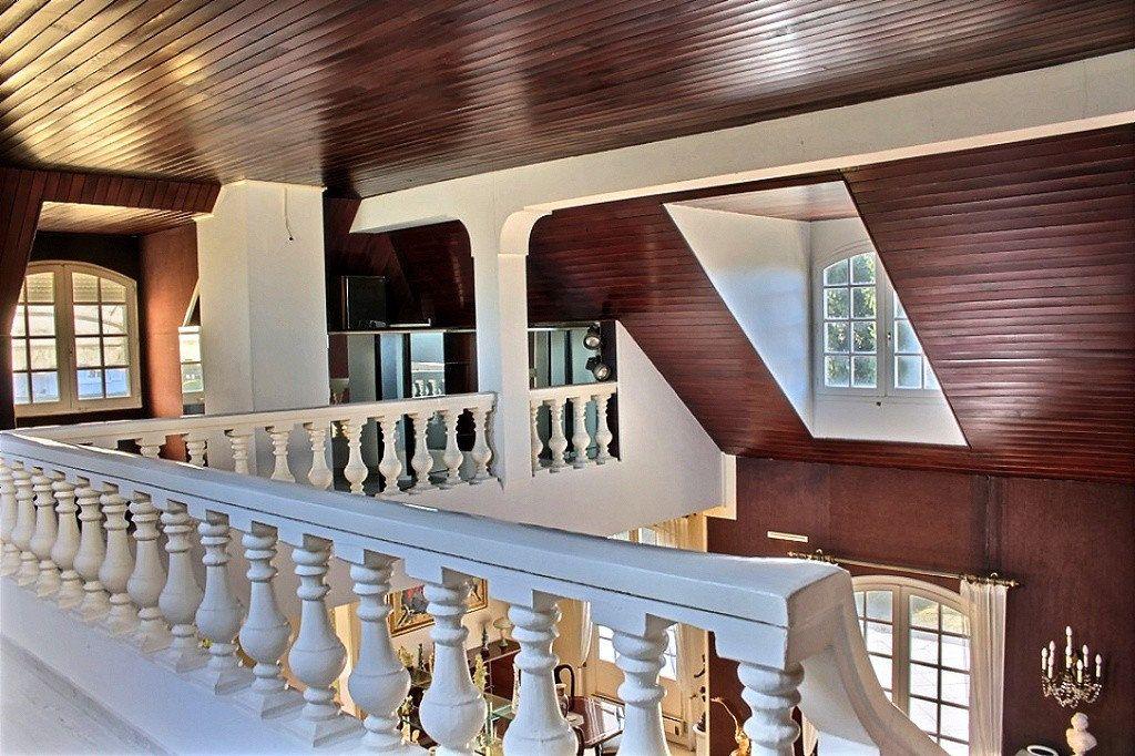 Maison à vendre 5 209.67m2 à Morlaàs vignette-13