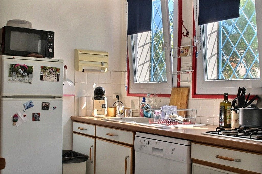 Maison à vendre 8 152.42m2 à Billère vignette-5