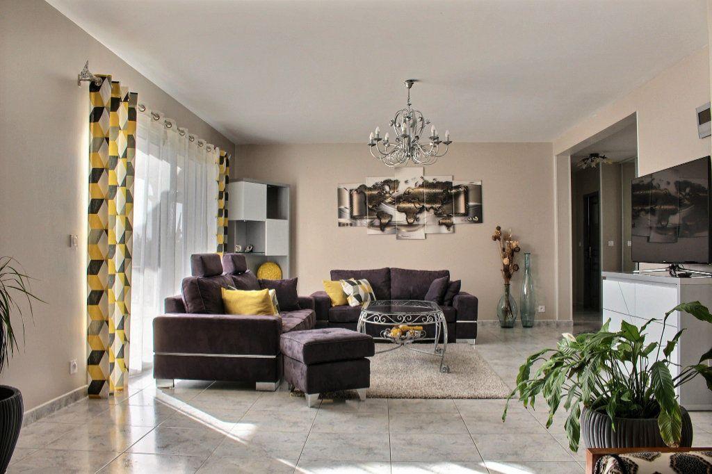 Maison à vendre 6 215m2 à Montardon vignette-3