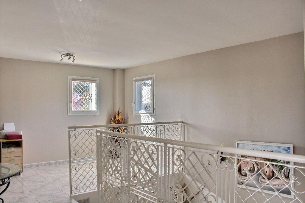 Maison à vendre 6 215m2 à Montardon vignette-12