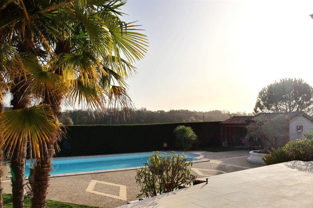 Maison à vendre 6 215m2 à Montardon vignette-15