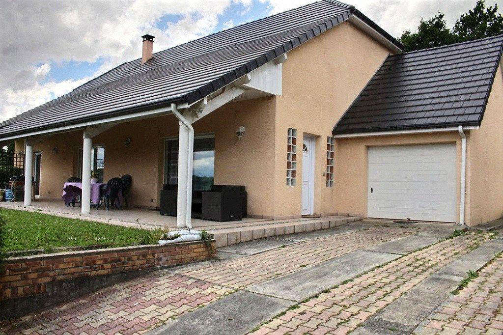 Maison à vendre 6 149.1m2 à Escoubès vignette-1