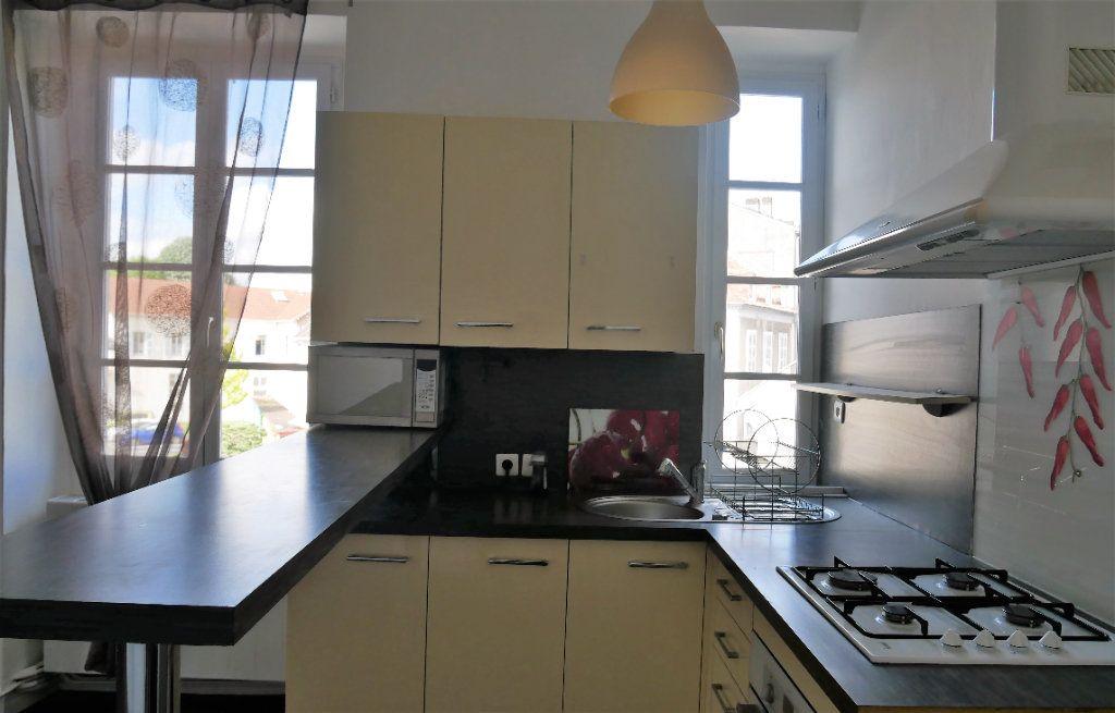 Appartement à vendre 2 37.67m2 à Pau vignette-3