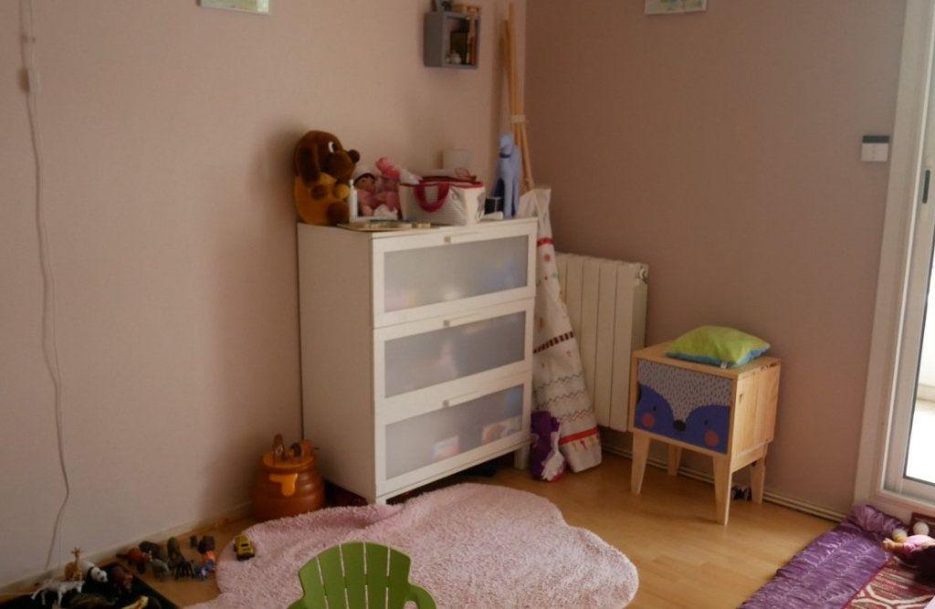 Appartement à vendre 4 82.09m2 à Pau vignette-4