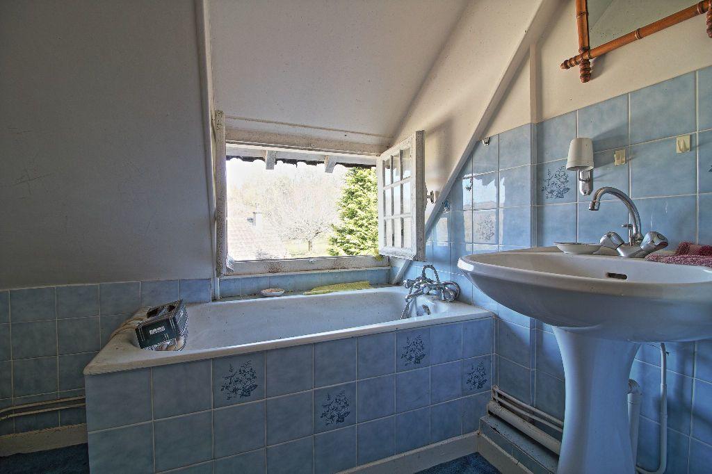 Maison à vendre 5 91m2 à Saint-Sernin-du-Plain vignette-7