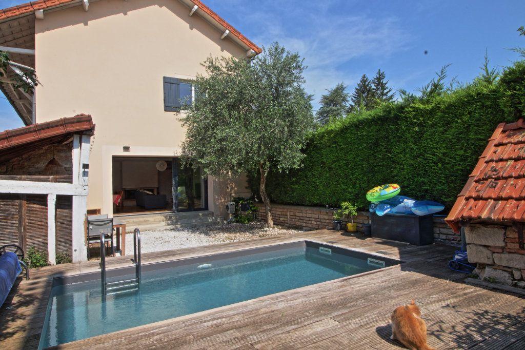 Maison à vendre 7 176m2 à Givry vignette-1