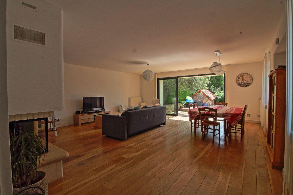 Maison à vendre 7 176m2 à Givry vignette-3