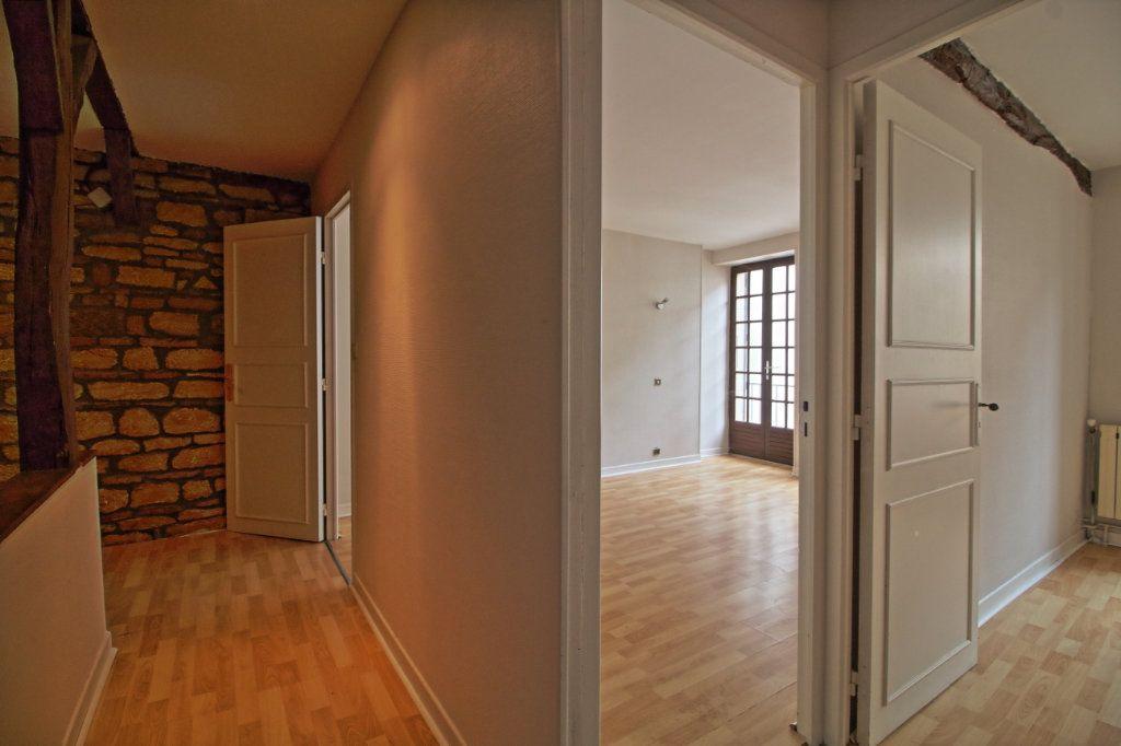 Immeuble à vendre 0 320m2 à Givry vignette-6