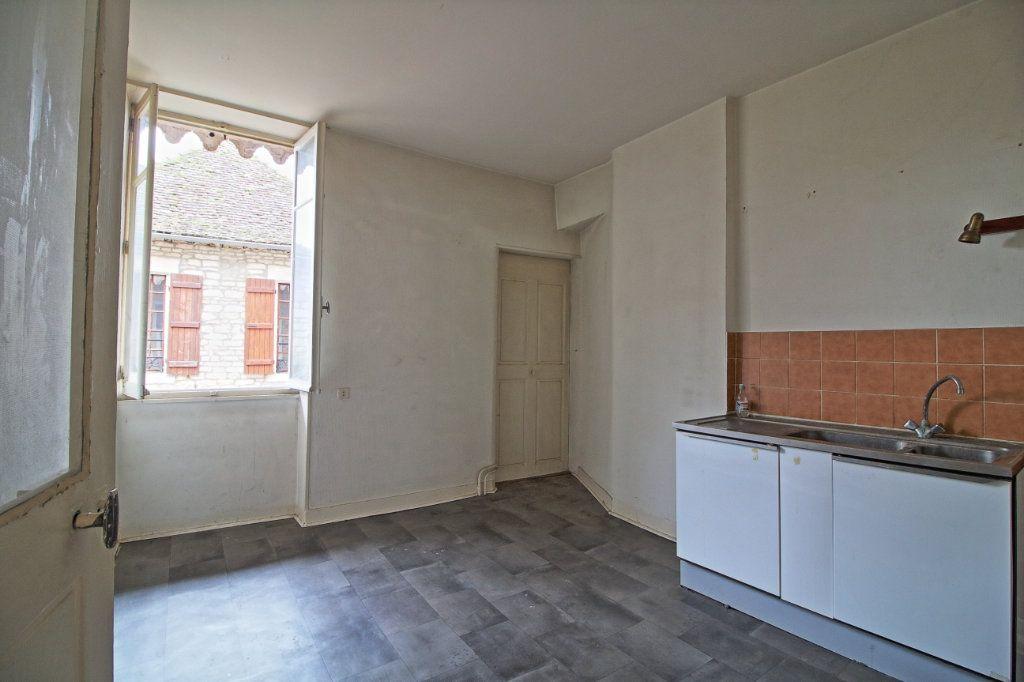 Immeuble à vendre 0 320m2 à Givry vignette-9