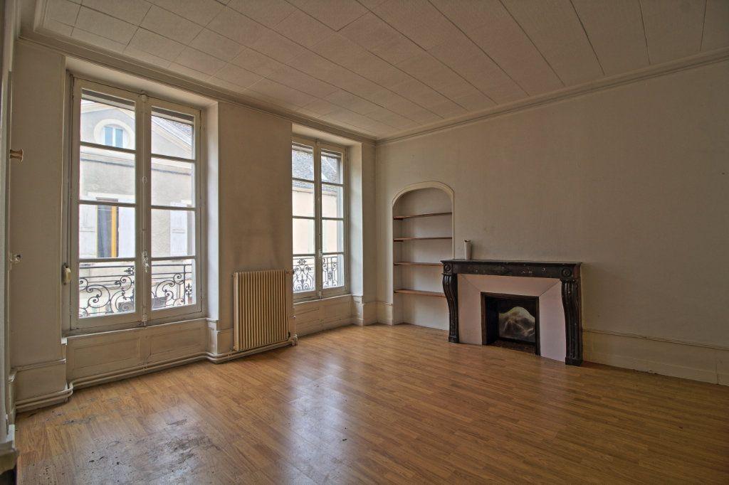 Immeuble à vendre 0 320m2 à Givry vignette-12