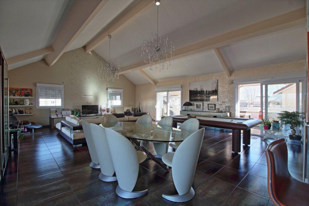 Appartement à vendre 5 178.54m2 à Chalon-sur-Saône vignette-2