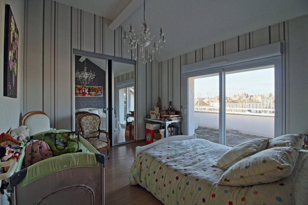 Appartement à vendre 5 178.54m2 à Chalon-sur-Saône vignette-10