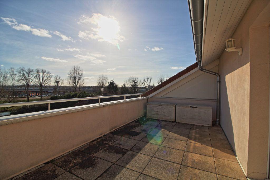 Appartement à vendre 5 178.54m2 à Chalon-sur-Saône vignette-17