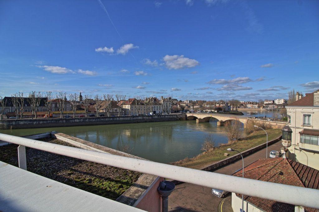 Appartement à vendre 5 178.54m2 à Chalon-sur-Saône vignette-18