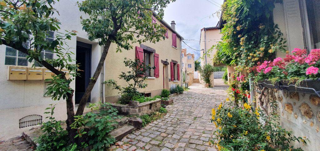 Appartement à vendre 6 120m2 à Saulx-les-Chartreux vignette-1