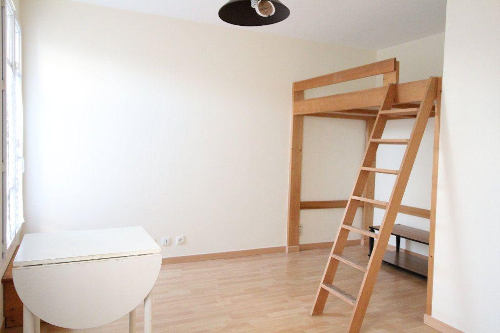 Appartement à louer 1 20.34m2 à Nozay vignette-1