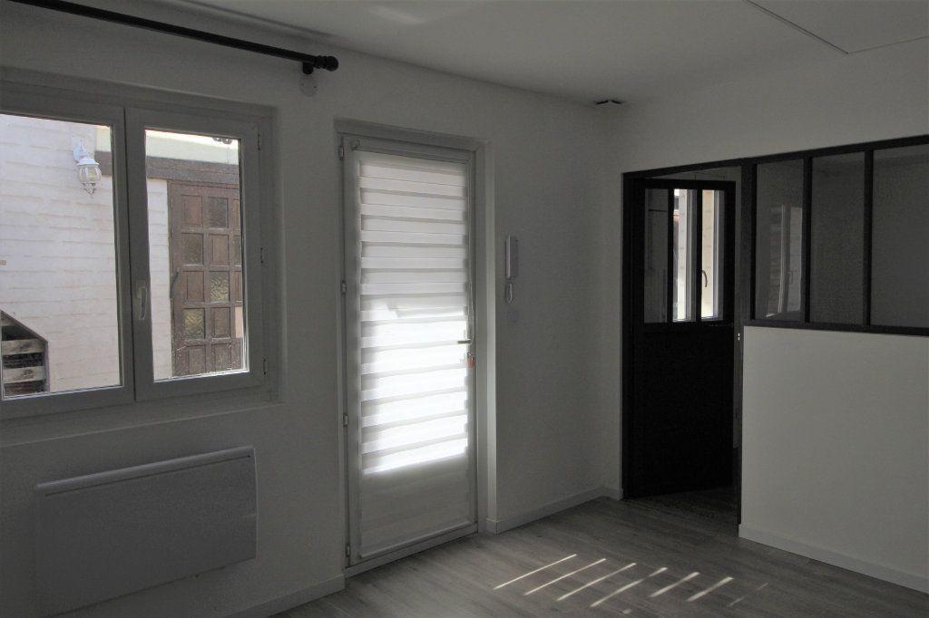 Appartement à louer 1 27.64m2 à Longjumeau vignette-3