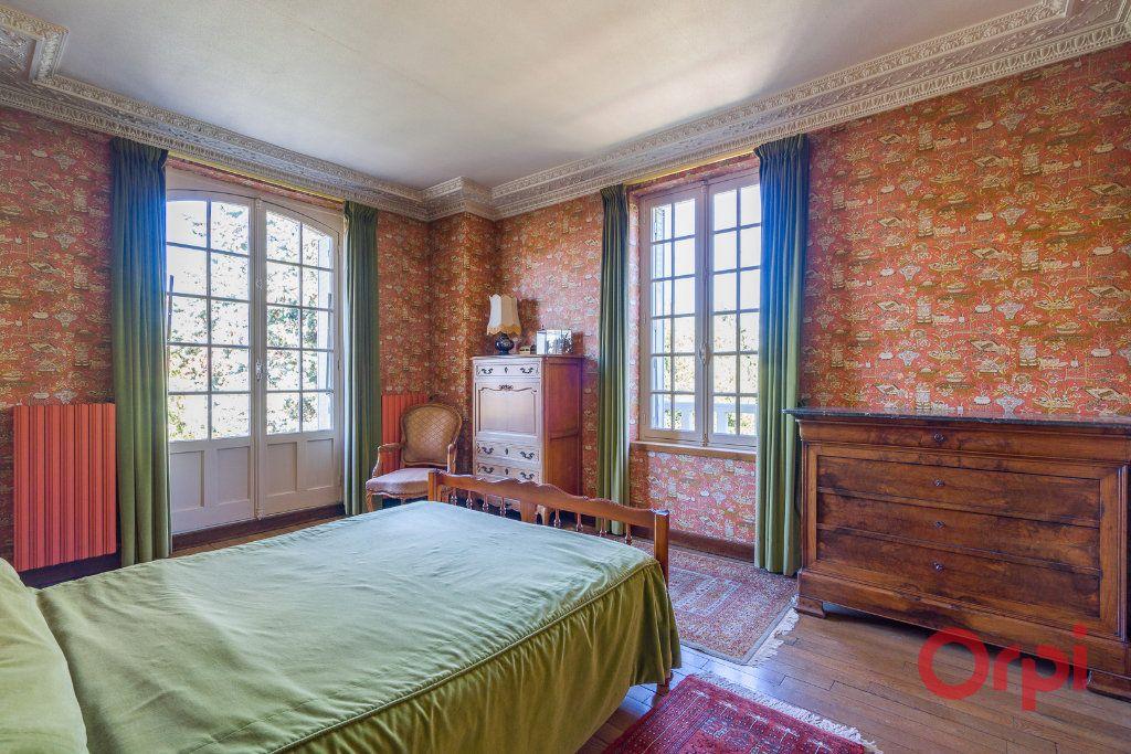 Maison à vendre 9 226m2 à Mandres-les-Roses vignette-9