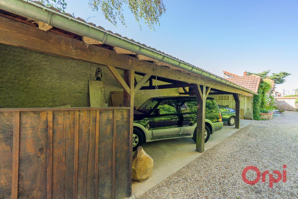 Maison à vendre 9 226m2 à Mandres-les-Roses vignette-15