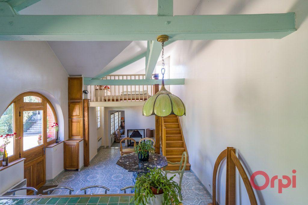 Maison à vendre 9 226m2 à Mandres-les-Roses vignette-16