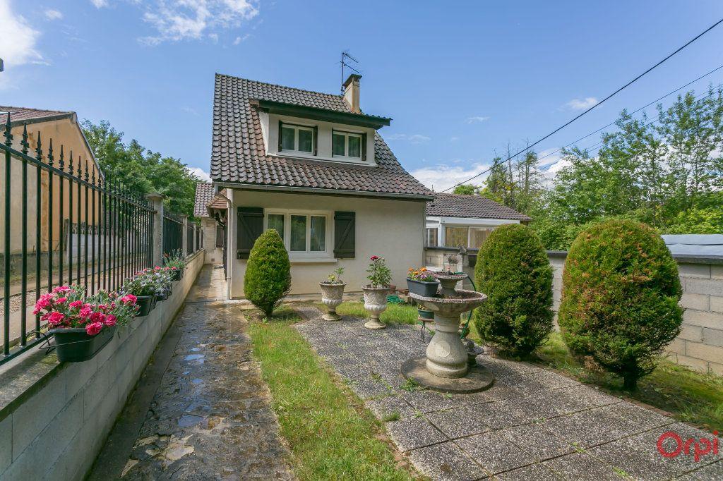 Maison à vendre 4 128m2 à Boussy-Saint-Antoine vignette-9