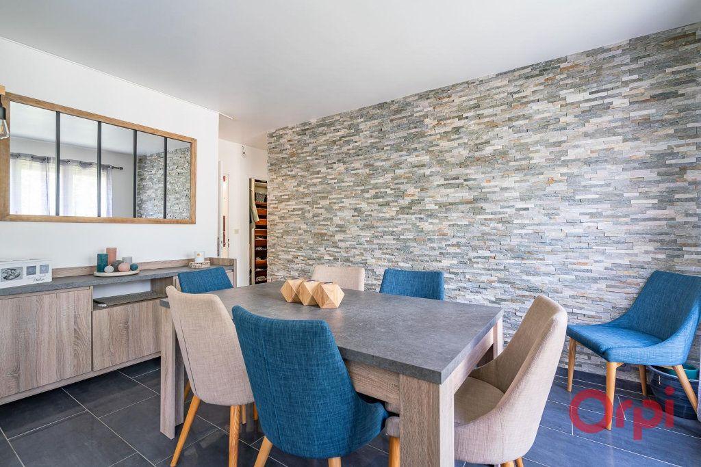Appartement à vendre 4 82m2 à Villecresnes vignette-4