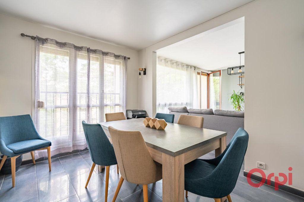 Appartement à vendre 4 82m2 à Villecresnes vignette-6