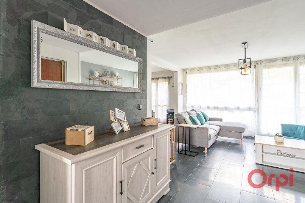 Appartement à vendre 4 82m2 à Villecresnes vignette-7