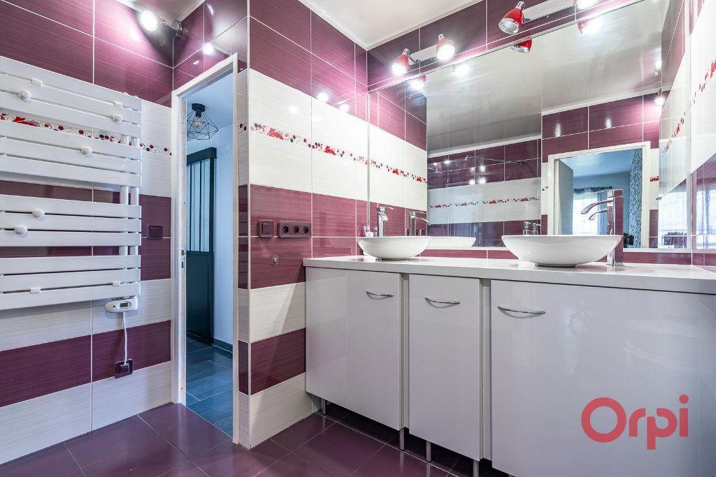 Appartement à vendre 4 82m2 à Villecresnes vignette-11