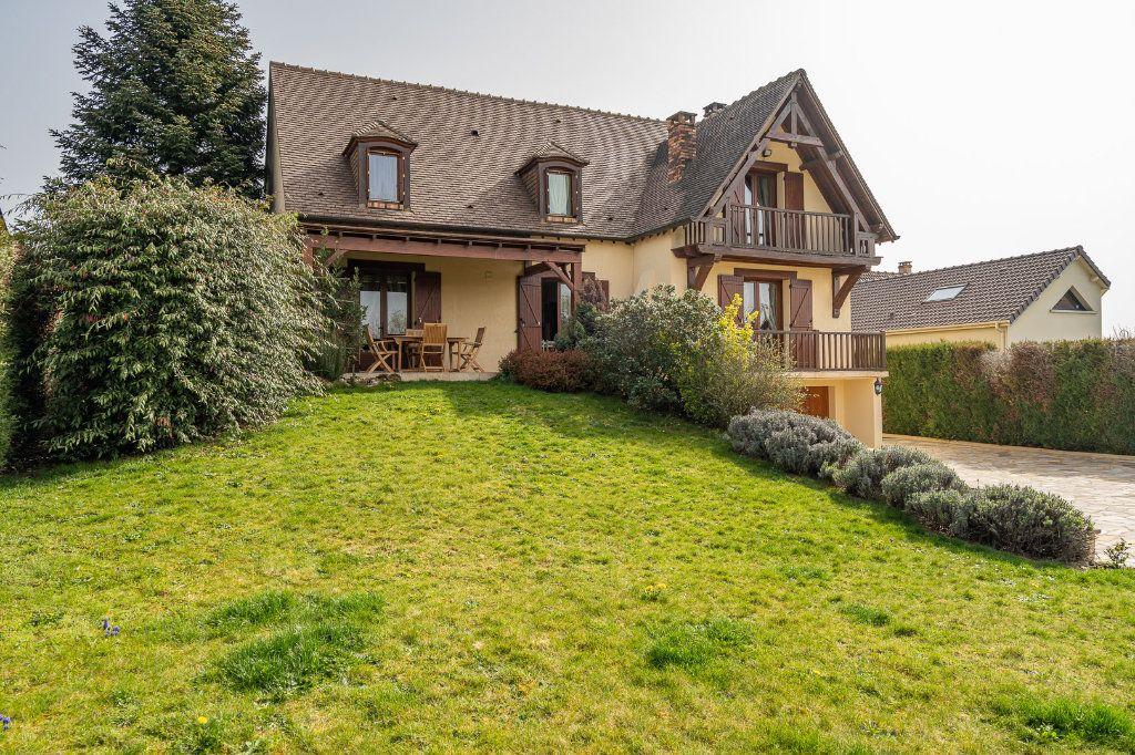Maison à vendre 8 170m2 à Varennes-Jarcy vignette-2