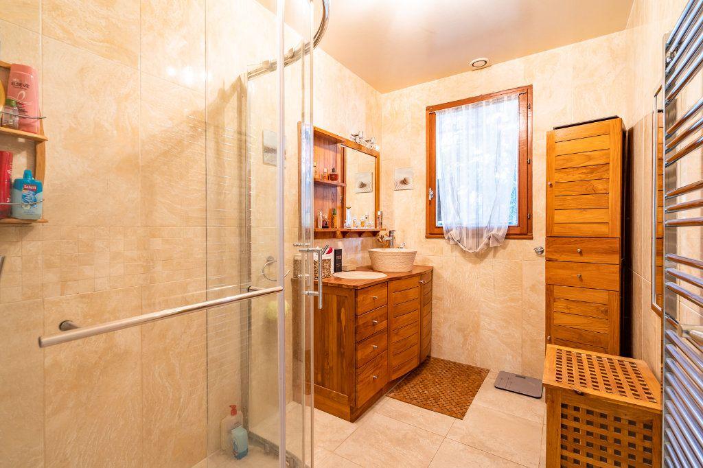 Maison à vendre 8 170m2 à Varennes-Jarcy vignette-7