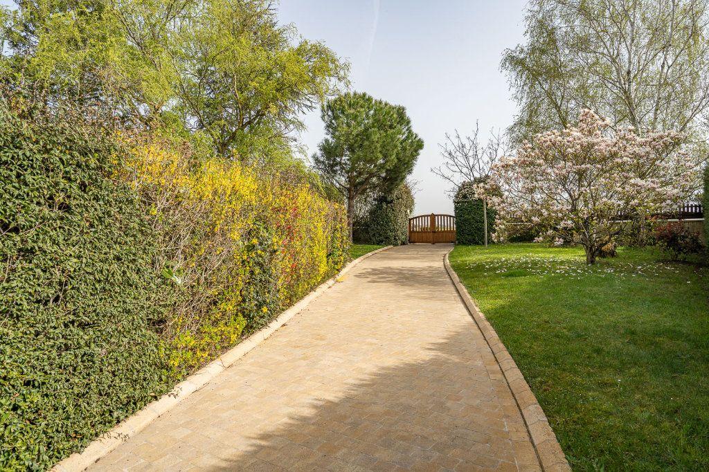 Maison à vendre 8 170m2 à Varennes-Jarcy vignette-17