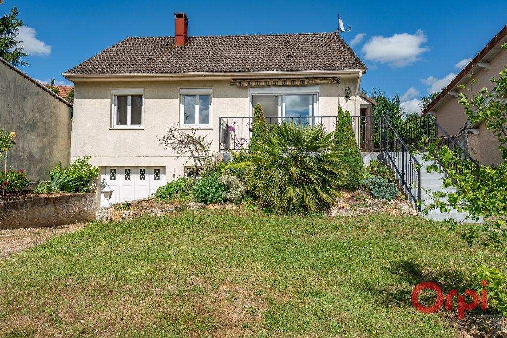 Maison à vendre 3 73m2 à Varennes-Jarcy vignette-1