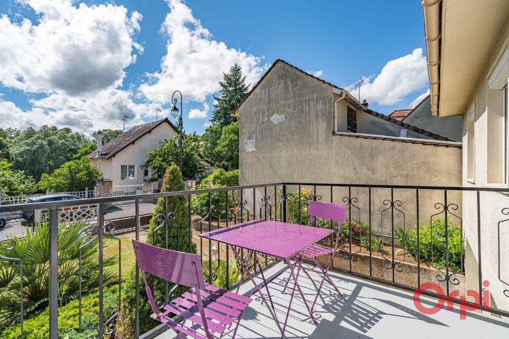 Maison à vendre 3 73m2 à Varennes-Jarcy vignette-5