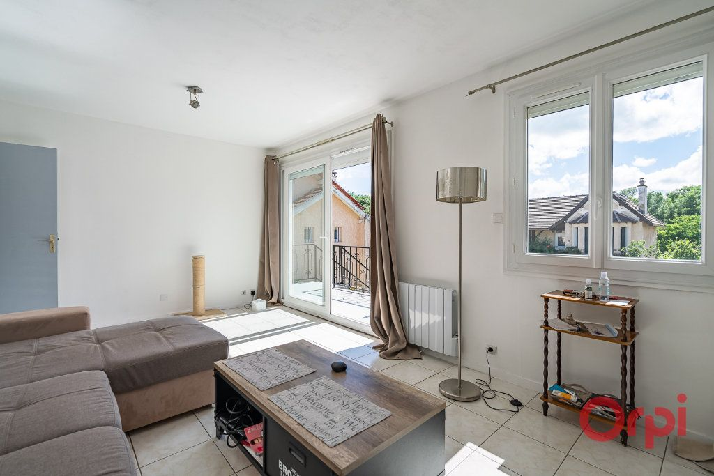 Maison à vendre 3 73m2 à Varennes-Jarcy vignette-7