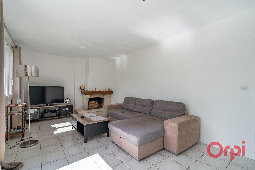 Maison à vendre 3 73m2 à Varennes-Jarcy vignette-8