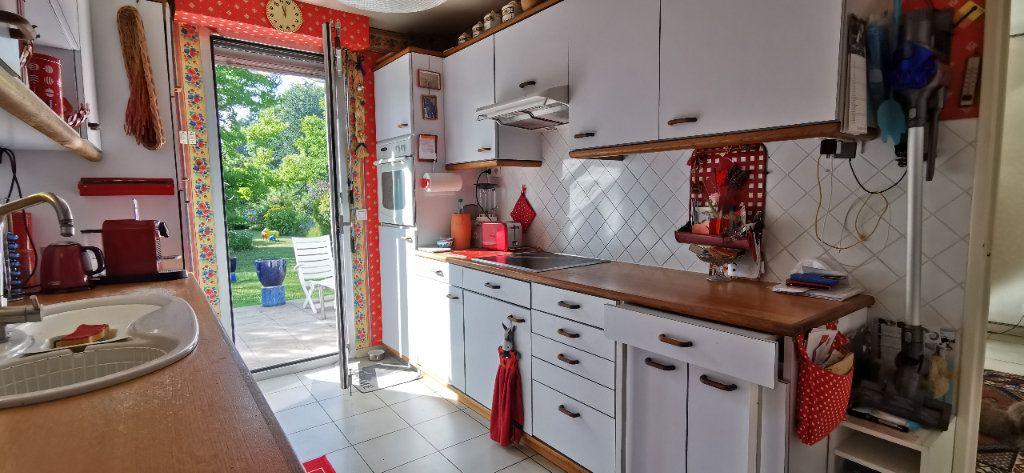 Maison à vendre 6 122m2 à Varennes-Jarcy vignette-9