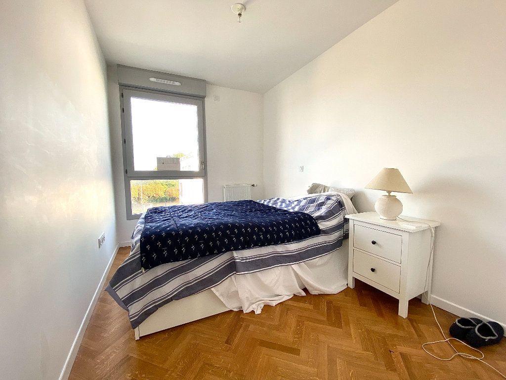Appartement à vendre 4 86.45m2 à Combs-la-Ville vignette-6