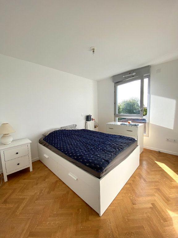 Appartement à vendre 4 86.45m2 à Combs-la-Ville vignette-7