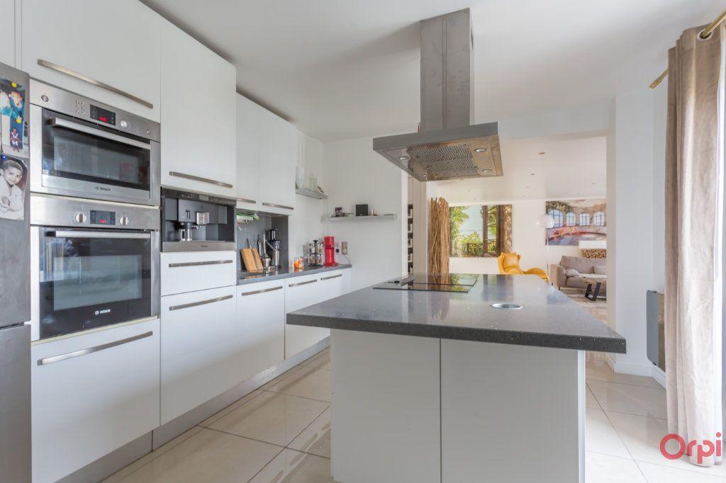 Maison à vendre 6 160m2 à Villecresnes vignette-4
