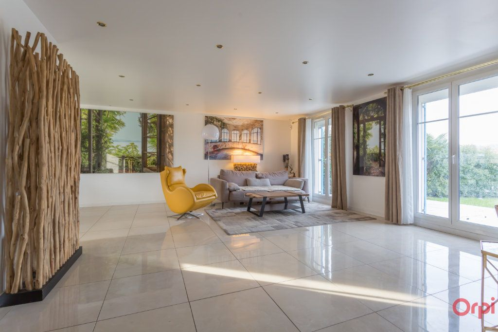 Maison à vendre 6 160m2 à Villecresnes vignette-7
