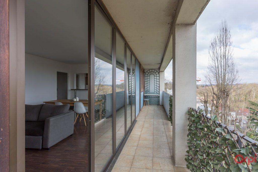 Appartement à vendre 4 70m2 à Combs-la-Ville vignette-2